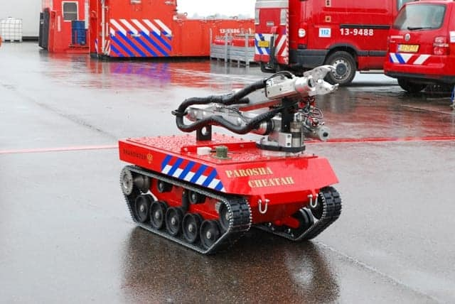 Parosha Cheatah GOSAFER UGV Robot | Unmanned Systems Technology