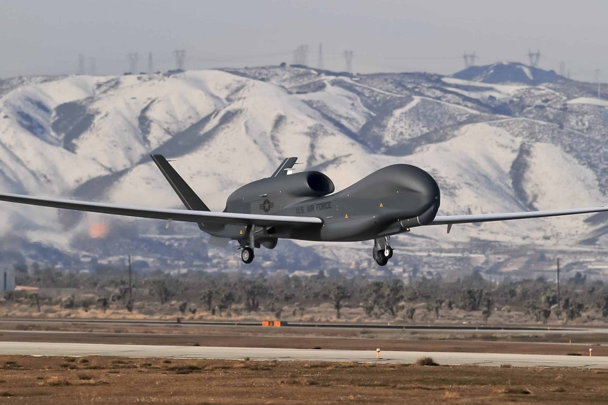 Global Hawk Uas Variants Exceed 100 000 Combat Operational