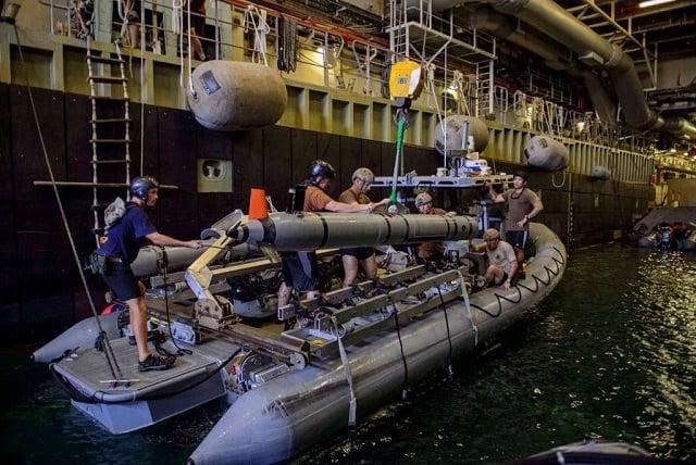 Comment seront nos futurs chasseurs de mines ? - Page 37 Royal-Navy-UUV