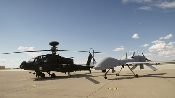 US Army Apache Manned-Unmanned Teaming