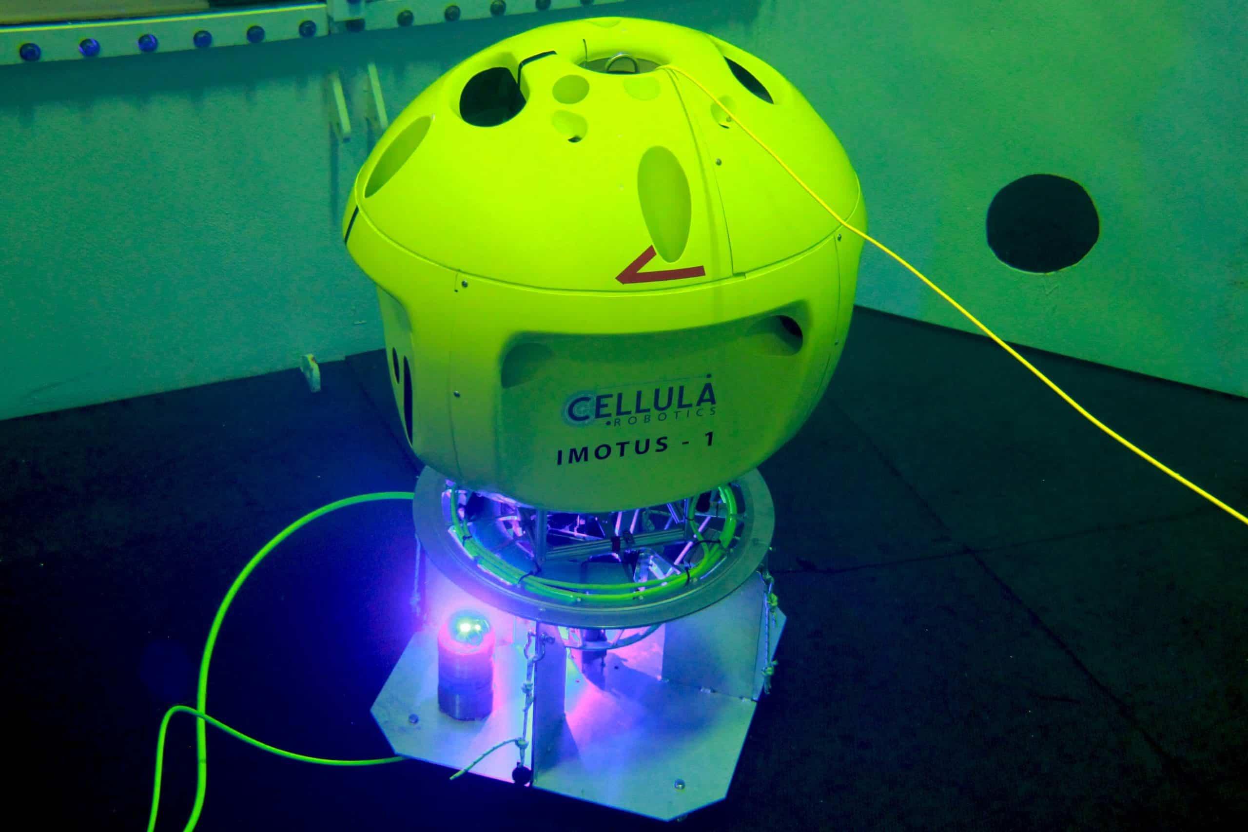 Cellula Robotics Demonstrates Hovering Auv