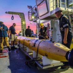 UUV Surveys Reveal New Hydrothermal Vents