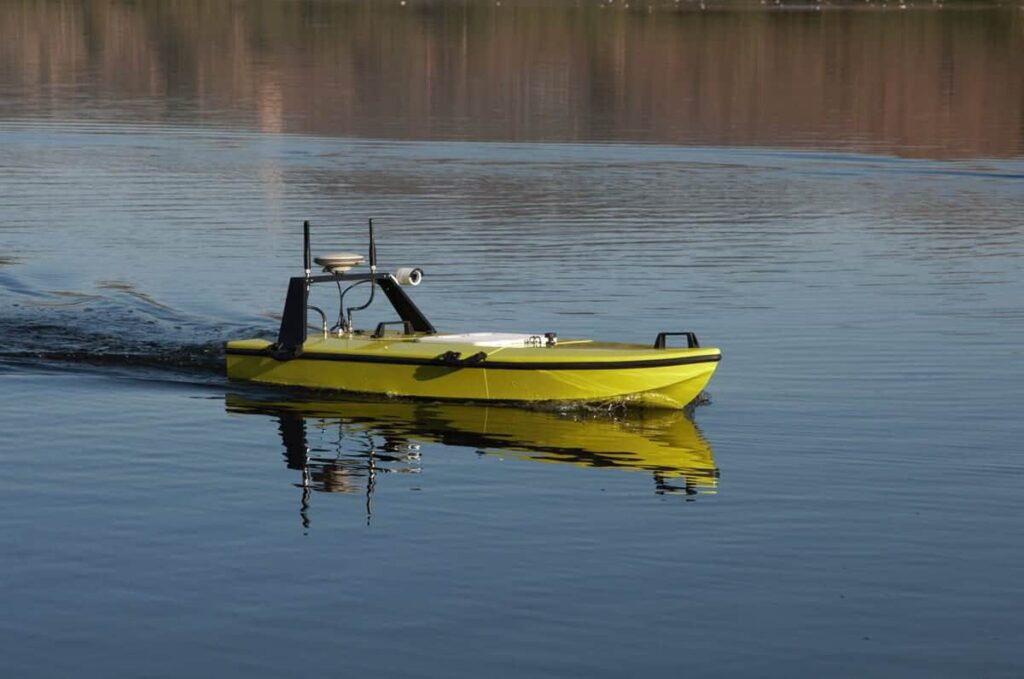CEE-USV with Trimble GNSS