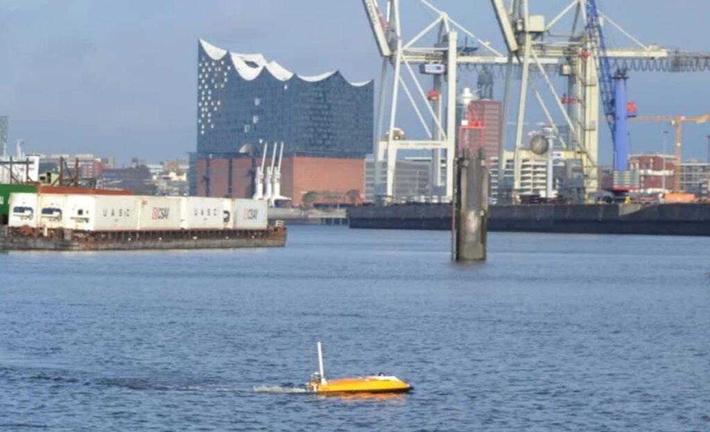 Oceanalpha USV in Hamburg
