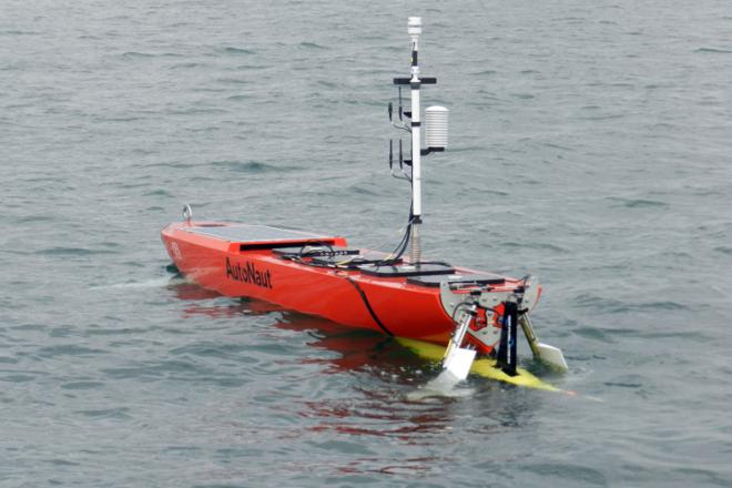 AutoNaut USV with Dynautics technology
