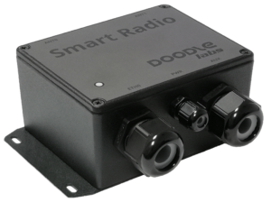 External smart radio with broadband mesh router