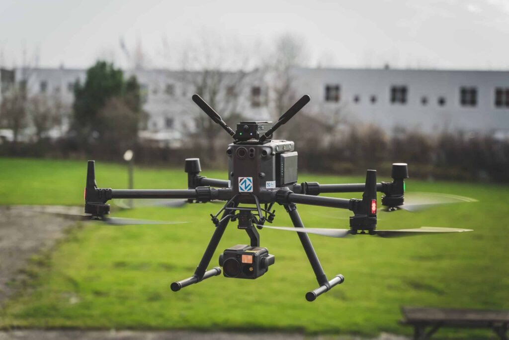 Unlimited Range Drone Control System by Lorenz Technology